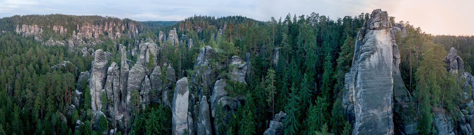 klimmen Tsjechië Adrspach panorama foto Frank Penders