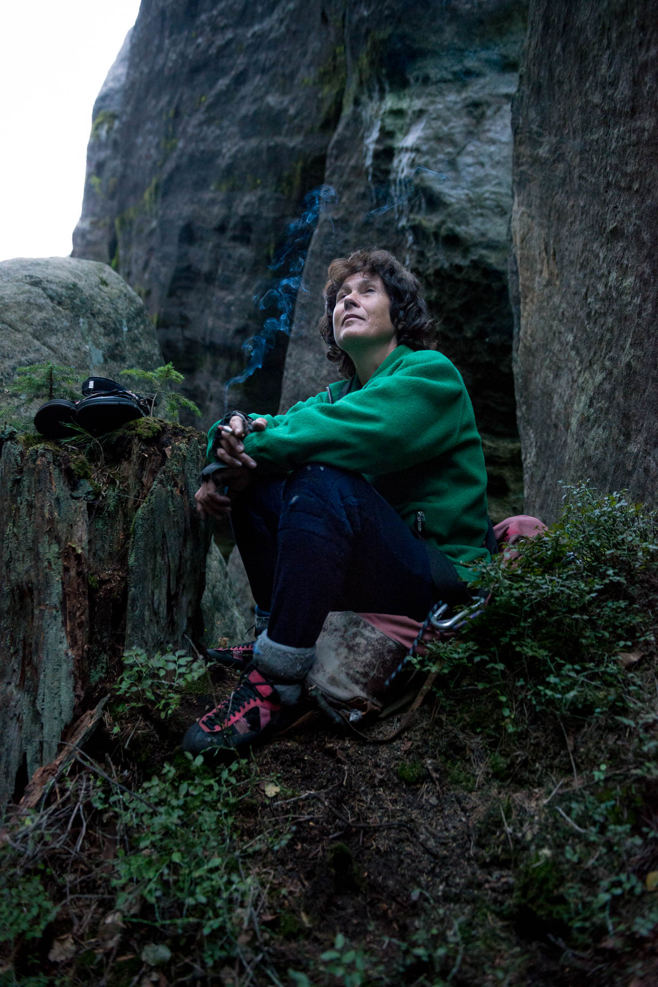 Adrspach klimmen klimster vrouw lTsjechië fotografie Frank Penders