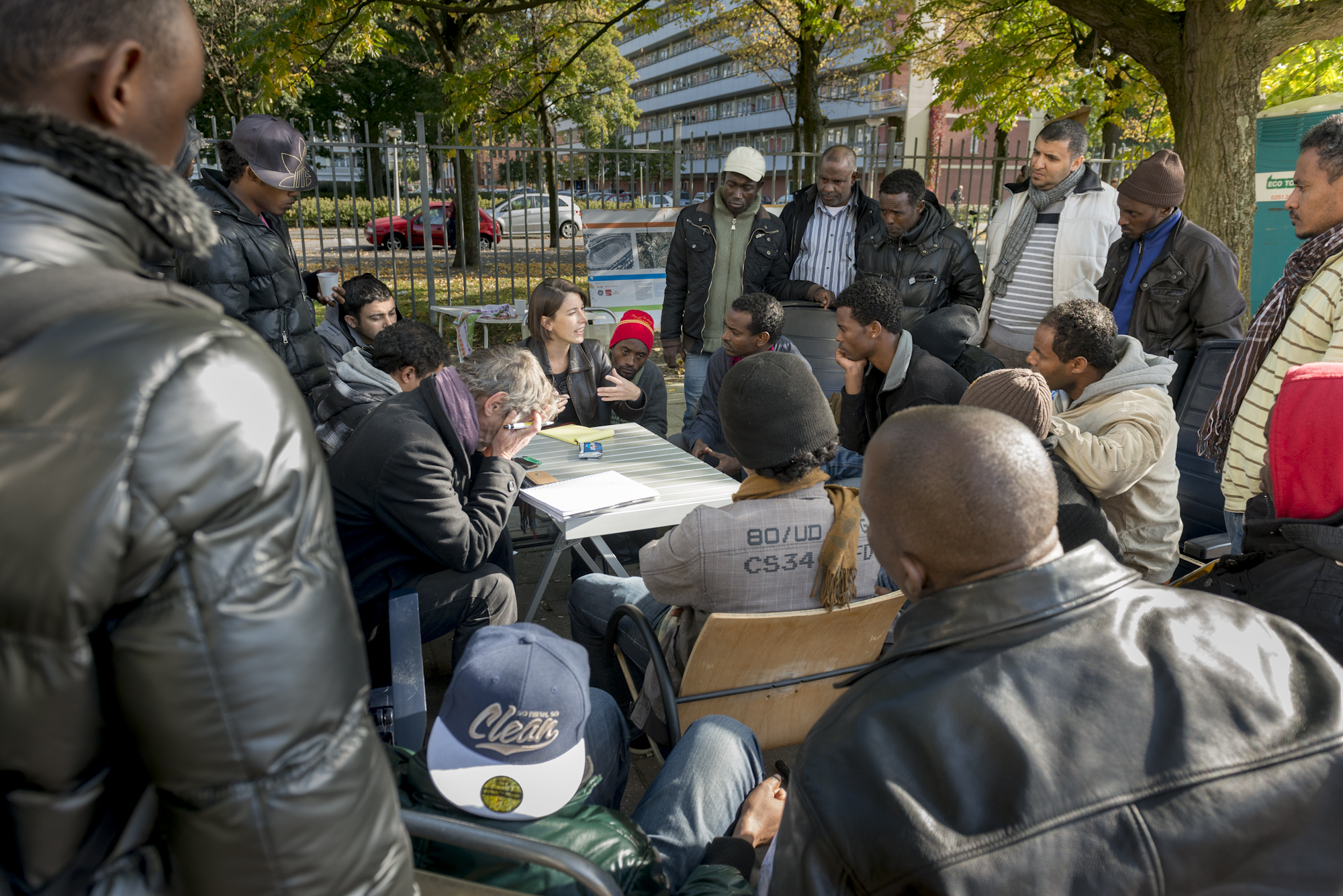 vluchtelingen kamp Amsterdam, advocaat Ursula Weitzel, fotografie Frank Penders